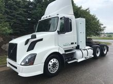 2014 VOLVO VNL64T300 CONVENTION