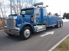 2000 FREIGHTLINER BUSINESS CLAS