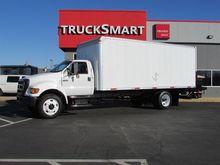2005 Ford F750 Box truck - stra