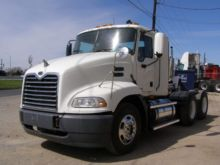2005 MACK VISION CAB CHASSIS