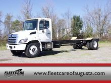 2017 HINO 268A CONVENTIONAL - D