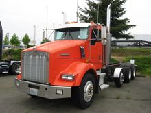 2000 KENWORTH T800 CONVENTIONAL