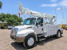 2003 INTERNATIONAL 4300 DIGGER