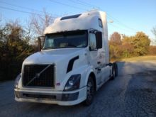 2007 VOLVO VNL Conventional - s