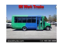 2002 FORD E350 SUPER D BUS