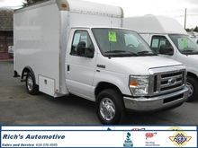 2010 FORD E350 SUPER DUTY BOX T