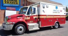 2010 INTERNATIONAL 4300 AMBULAN