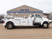 2001 FORD F750 WRECKER TOW TRUC