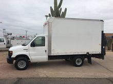 2012 FORD E-SERIES Box truck -
