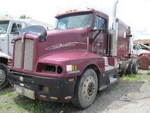 1993 KENWORTH T600 Tractor