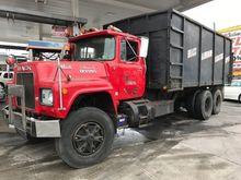 1980 MACK RD 686S DUMP TRUCK EX