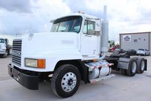 1999 MACK CH613 CONVENTIONAL -