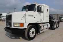 2000 MACK CH613 CONVENTIONAL -