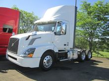 2016 VOLVO VNL64T300 CONVENTION