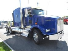 2014 KENWORTH T800B CONVENTIONA
