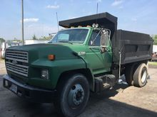 Used 1992 FORD F700