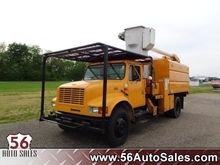 1999 INTERNATIONAL 4700 BUCKET