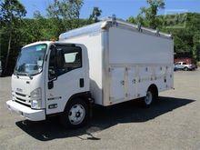 2017 ISUZU NQR Box truck - stra