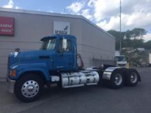 2011 MACK PINNACLE CHU613 CONVE