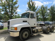 2002 MACK CH613 CONVENTIONAL -