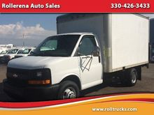 2005 CHEVROLET EXPRESS BOX TRUC