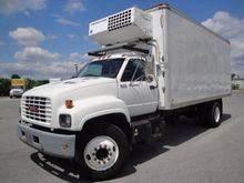 2000 GMC C7H042 REFRIGERATED TR