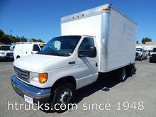 2005 FORD E-SERIES BOX TRUCK -
