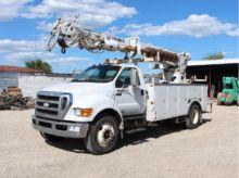 2008 FORD F750 Bucket truck - b