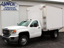 2017 GMC 3500 REFRIGERATED TRUC