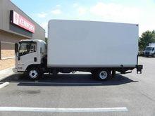 2014 ISUZU NPR Box truck - stra