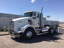 2004 KENWORTH T800 CONVENTIONAL