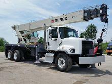 2017 TEREX RS70100 Crane truck