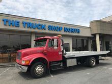 2000 INTERNATIONAL 4700 ROLLBAC