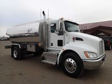 2015 KENWORTH T440 FUEL TRUCK -