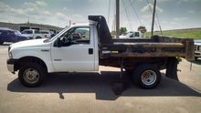 2007 FORD F350 Cab chassis