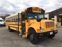 1996 INTERNATIONAL 3800 Bus