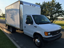 2004 Ford E-350 COMMERCIAL CUTA
