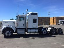 2005 KENWORTH W900B CONVENTIONA