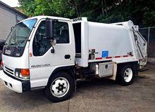 2002 ISUZU NQR Garbage truck