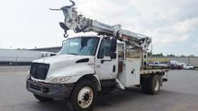 2002 INTERNATIONAL 4300 Digger