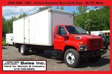 2009 GMC C7500 Beverage truck