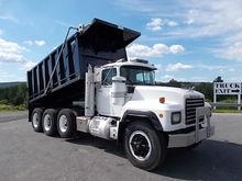 1995 MACK RD688S Dump truck