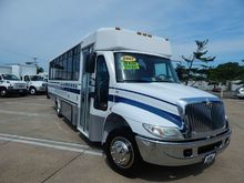 2007 INTERNATIONAL 3200 Bus