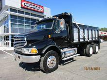 2006 STERLING LT9513 Dump truck