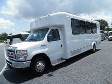 2017 FORD E-SERIES Bus