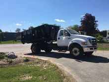 2009 FORD F650 Roll off truck