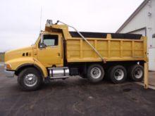 1997 FORD LT9513 Dump truck