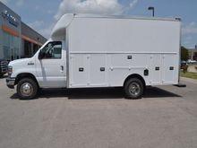 2017 FORD E-SERIES Box truck -