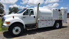 2006 FORD F750 Fuel truck - lub