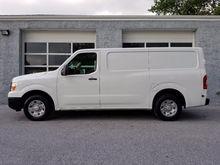 2012 Nissan NV 1500 Box truck -